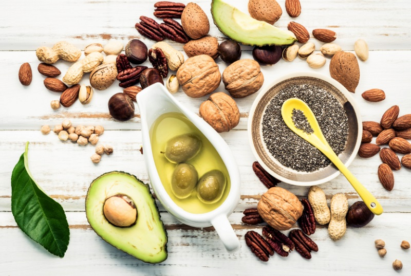 diet and foods to reduce stretch marks