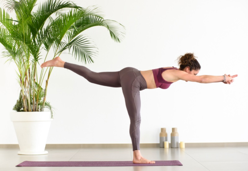 warrior 3 yoga for big buttocks
